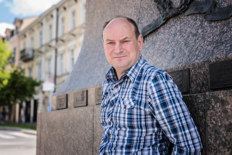 """Grzegorz Rak, laureat konkursu """"Tak widzę świat, tak go czuję - rzeczywistość w obliczu zagrożenia""""."""
