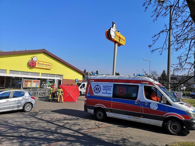 Dramat przed Biedronką. 77-latek zmarł w Tarnowskich Górach