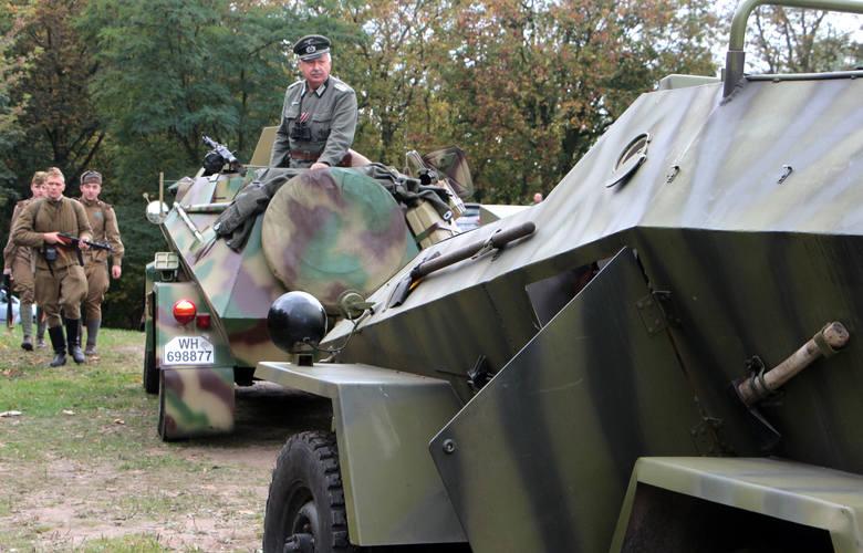 Już po raz szósty w Forcie Wielka Księża Góra w Grudziądzu odbywał się Zlot Militarny i grup rekonstrukcyjnych z atrakcjami.Były pokazy sprzętu militarnego,