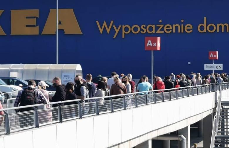 IKEA w Katowicach otwarta. Kolejka do sklepu 4 maja ranoZobacz kolejne zdjęcia. Przesuwaj zdjęcia w prawo - naciśnij strzałkę lub przycisk NASTĘPNE