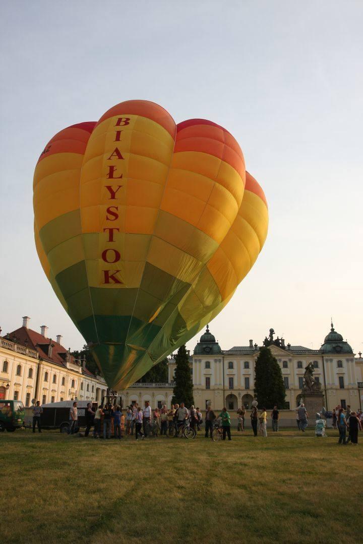 Balon przed Pałacem Branickich - 2008 rok