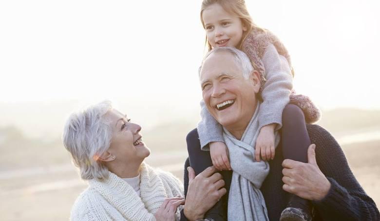 Za co cenimy dziś nasze babcie i dziadków - wyniki badań