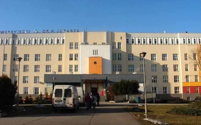 Dziś sprawdzamy, ile zarabiają pracownicy szpitali na przykładzie Uniwersyteckiego Szpital im. Jurasza w Bydgoszczy oraz Wojewódzkiego Szpitala Zespolonego