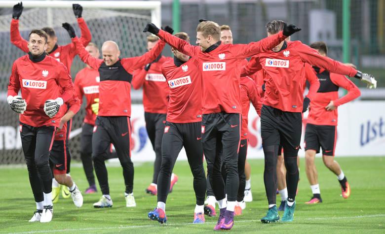 Polacy trenowali przy Konwiktorskiej przed meczem z Danią [GALERIA]