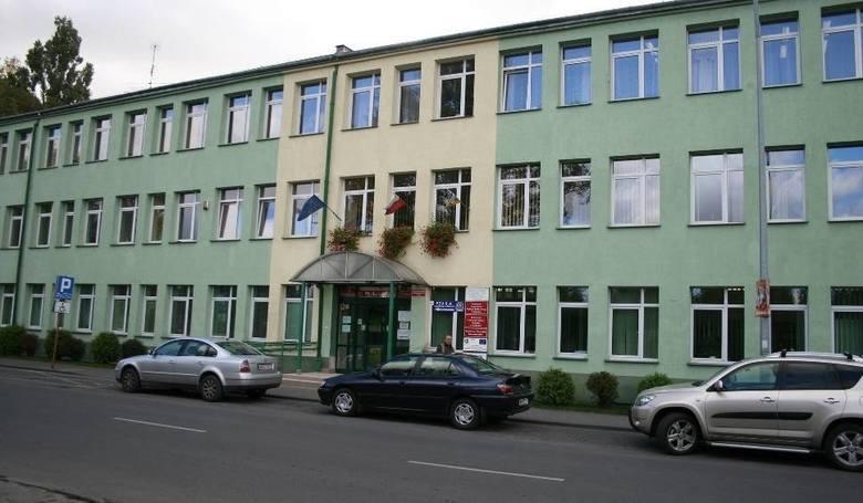 Do wydania ma być blisko 200 milionów, z czego ponad 52 miliony złotych na inwestycje – to założenia projektu budżetu Powiatu Radomskiego na 2021 rok.
