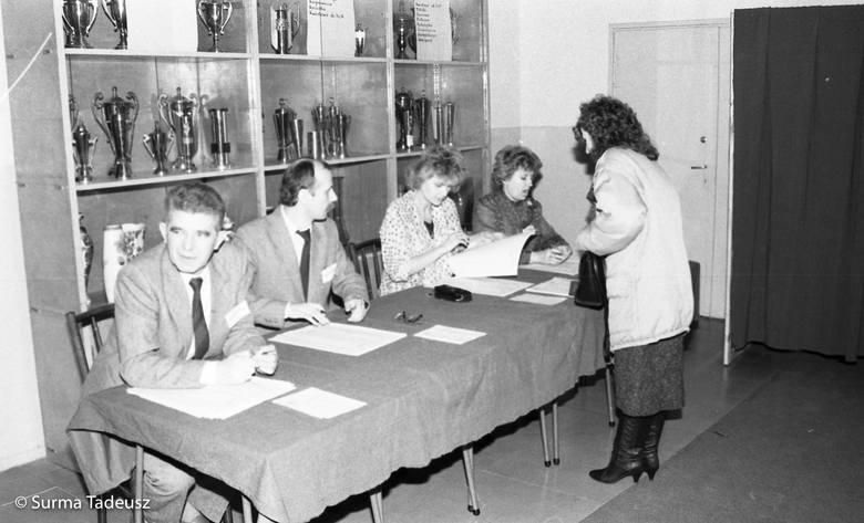 Stargard w czasie wyborów na zdjęciach sprzed lat.