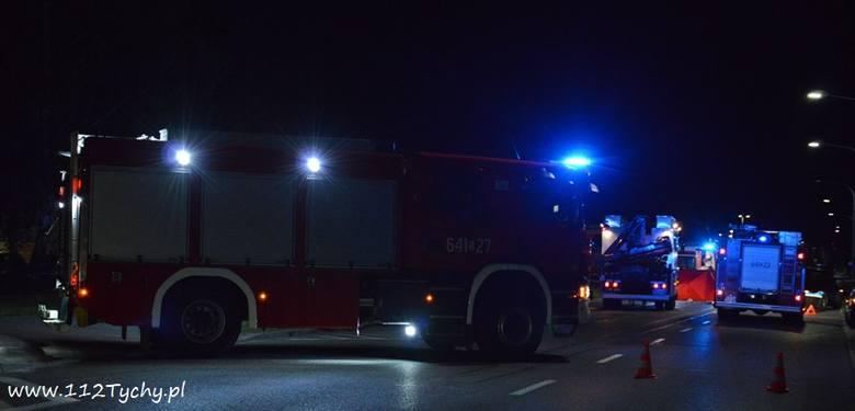 W nocy ze środy na czwartek, około godziny 22.00, w Tychach na ul. Cielmickiej doszło do tragicznego w skutkach wypadku samochodu osobowego i motocykla.