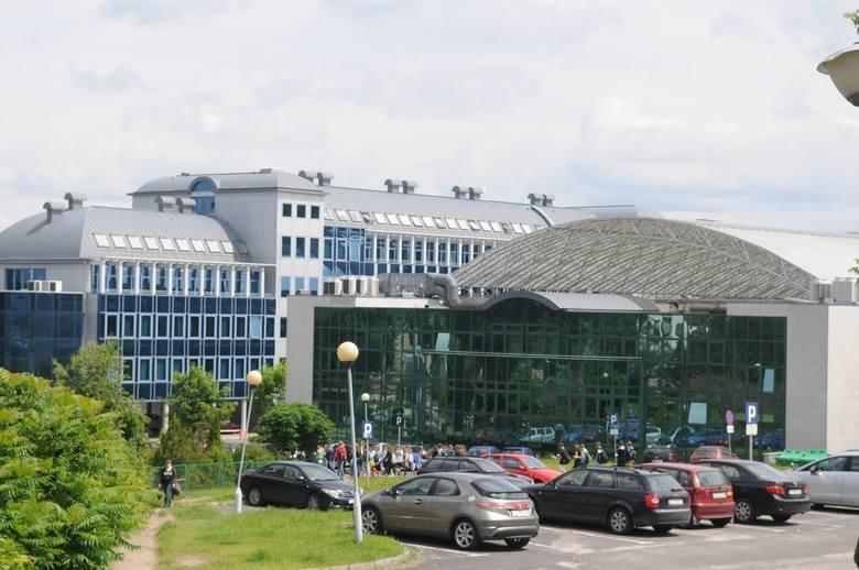 W czwartek, 11 lipca, na Uniwersytecie Zielonogórskim zostały ogłoszone pierwsze listy rankingowe na studiach stacjonarnych I stopnia i studiach jednolitych