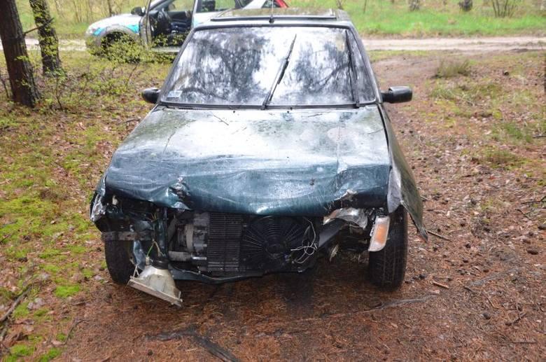 W czwartek, 14 kwietnia kierowca peugeota wjechał w ogrodzenie przy ul. Sztormowej w Zielonej Górze Starym Kisielinie. Mężczyzna wysiadł z auta, poprosił