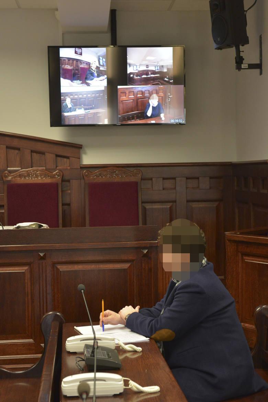Świadek z Chin w słupskim sądzie. Akcja koronawirus