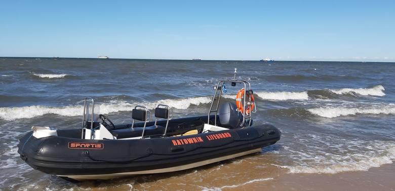 Nastolatek utonął w Gdańsku Brzeźnie 28.06.2019. Akcja poszukiwawcza na plaży przy molo