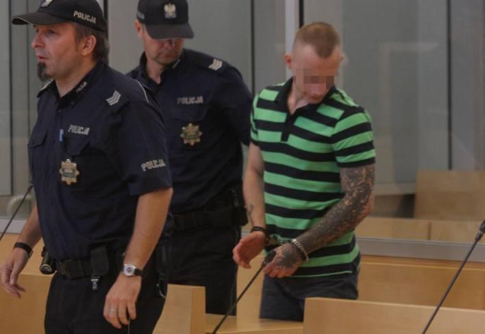 """Oskarżony Paweł D. przyznał się do zarzucanego mu czynu, ale jak stwierdził - """"nie bezpośrednio"""""""