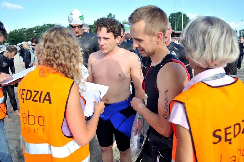 Herbalife Triathlon Gdynia 2013. Znani aktorzy, dziennikarze i politycy wylali siódme poty [ZDJĘCIA]