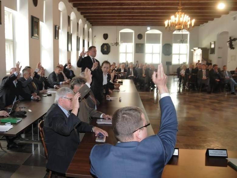 Toruńscy radni jednomyślnie poprali oświadczenie dotyczące metropolii bydgosko-toruńskiej