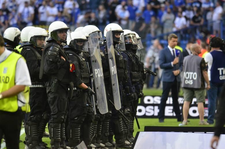 Wojewoda ukarał Lecha Poznań za rozróbę na meczu z Legią Warszawa
