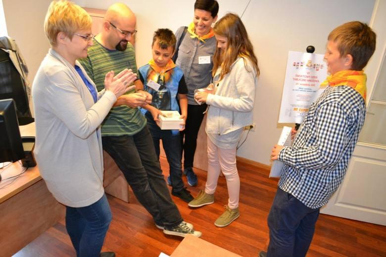 Dzisiaj przypada VI Światowy Dzień Tabliczki Mnożenia. Uczniowie Szkoły Podstawowej nr 36 w Bydgoszczy odwiedzili naszą redakcję i zaprosili do wspólnego
