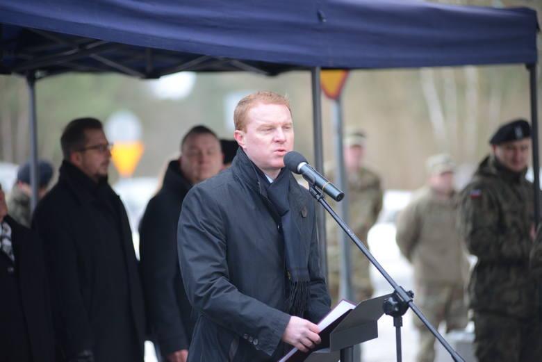 Amerykańskich żołnierzy witał burmistrz Żagania Daniel Marchewka.