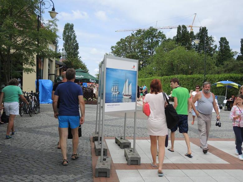Wystawa o tematyce morskiej znajduje się na przeciwko Muszli Koncertowej.