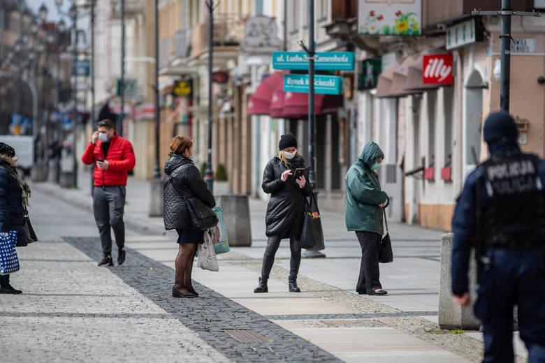 Wiele osób w Białymstoku unika noszenia maseczek