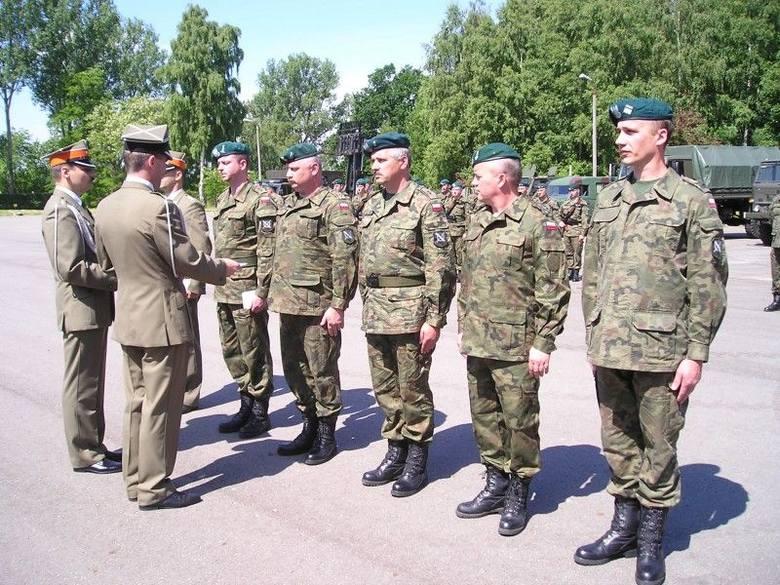 Odznaki dla żołnierzy w święto batalionu