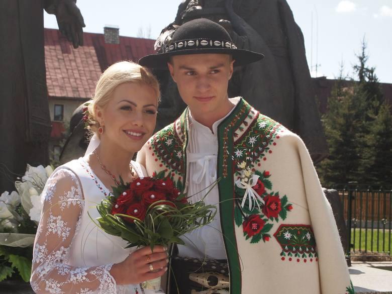 Góralski ślub Klimka Murańki. Zobacz ukochaną skoczka [ZDJĘCIA, WIDEO]
