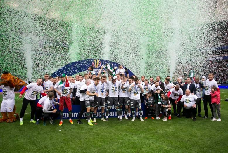 Lechia Gdańsk zagra w drugiej rundzie kwalifikacji Ligi Europy. Biało-zieloni poznali już wszystkich potencjalnych rywali, na których mogą trafić w losowaniu.