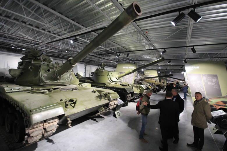 Muzeum Broni Pancernej w Poznaniu otwarte zostanie dla zwiedzających we wtorek, 8 października. Placówka mieści się na terenie dawnych koszar wojskowych