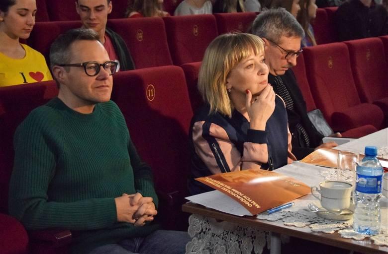 """W Inowrocławiu trwa XVI Festiwal Małych Form Teatralnych Arlekinada. Odbyło się już pięć spektakli. A oto one i ich wykonawcy: """"Narcyz"""""""