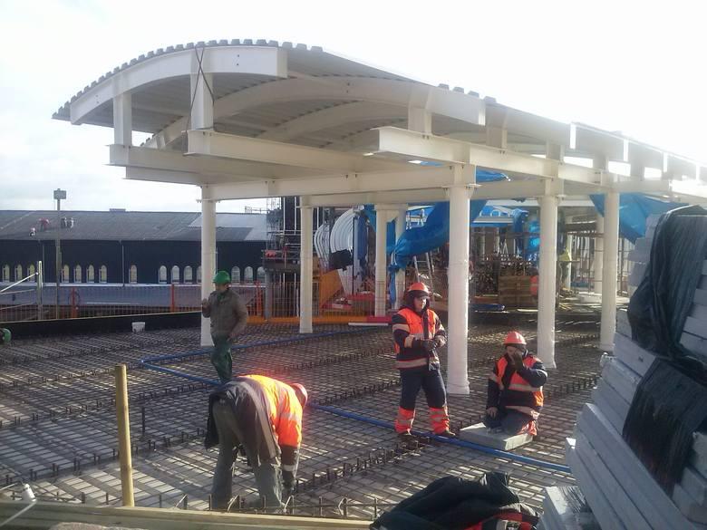 Czy przebudowa dworca zmierza do końca? Zobaczcie sami jak wygląda inwestycja, która ma być zakończona - przynajmniej teoretycznie do końca 2015 roku.