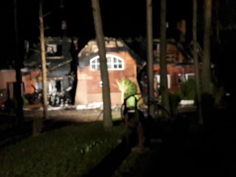 W środę, o godz. 17.08, strażacy otrzymali zgłoszenie o pożarze ośrodka Ptasia Osada w Ploskach niedaleko Bielska Podlaskiego.