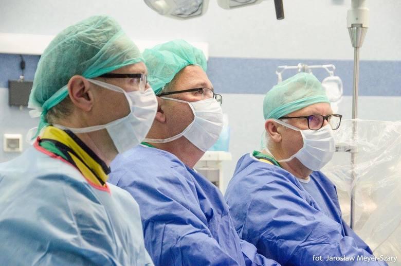 W UCK wydrukowali serce. Uratowali życie 35-letniego pacjenta [zdjęcia]