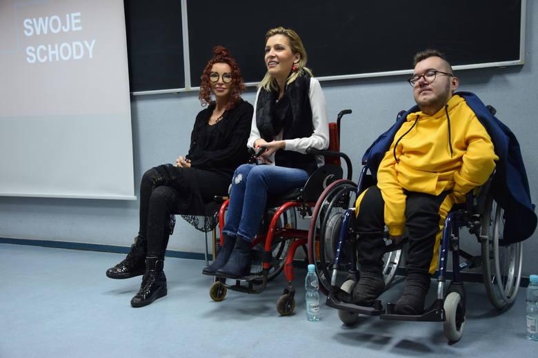 Wykłady motywacyjne na Uniwersytecie Zielonogórskim. Od lewej: Ewa Minge, Agata Roczniak, Piotr Majerczyk.