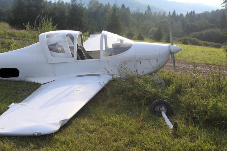 Państwowa Komisja Badania Wypadków Lotniczych wyjaśnia przyczynę tragedii w Smereku. Prokuratura wszczyna śledztwo