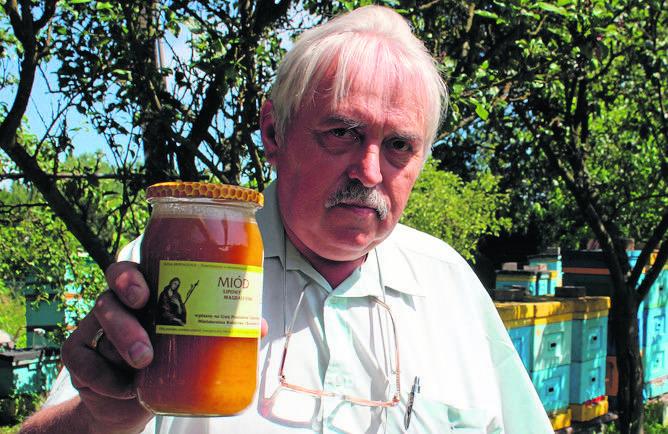 Powodem do dumy pszczewskiego pszczelarza Wiesława Korejwo jest lipowy miód magdaleński...