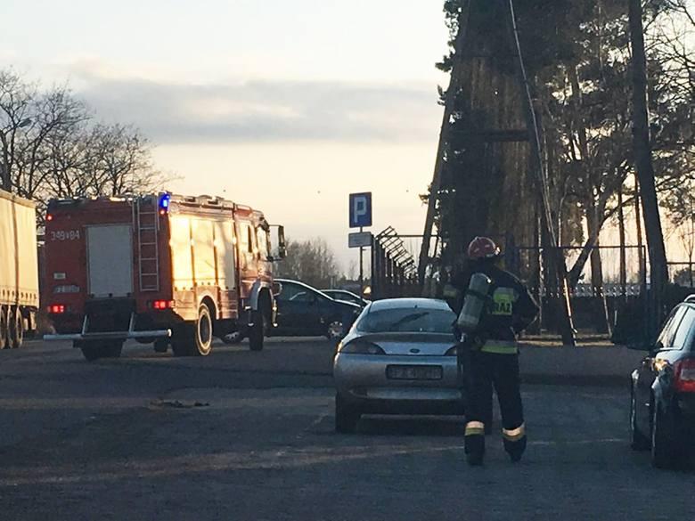 Zielonogórscy strażacy we wtorek, 27 marca, dostali wezwanie dotyczące zapachu amoniaku, który czuć było z Nordisu. Na miejsce pojechało pięć wozów strażackich.Zgłoszenie