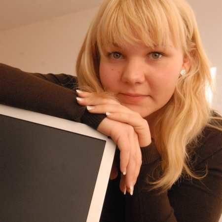 Magdalena Medejszo. Ma 18 lat, interesuje się ekonomią i bankowością. Planuje studia z zakresu rachunkowości.