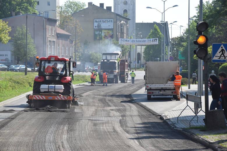 W poniedziałek 9 maja ruszyły prace naprawcze ul. Jagiełły. Do soboty mogą potrwać utrudnienia w ruchu.