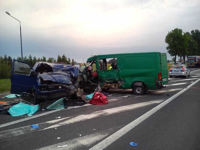 W wypadku w Parafiance zginęły cztery osoby, dziewięć zostało rannych.