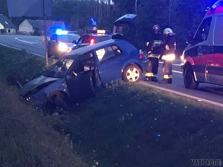 Wypadek na drodze krajowej 46 koło Grodźca. Kierowca samochodu osobowego z nieustalonej przyczyny stracił panowanie nad pojazdem i zjechał do rowu. Kierującego