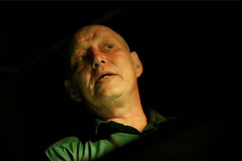 Styczeń 2012: Prokuratorzy z Krakowa poprosili jasnowidza Krzysztofa Jackowskiego o pomoc w wykryciu sprawcy morderstwa sprzed 13 lat. Ekspertyza miała