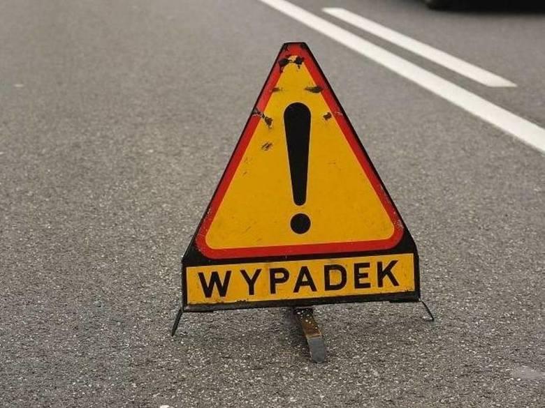 Żerniki: Wypadek za zjazdem z S11. Jedna osoba poszkodowana