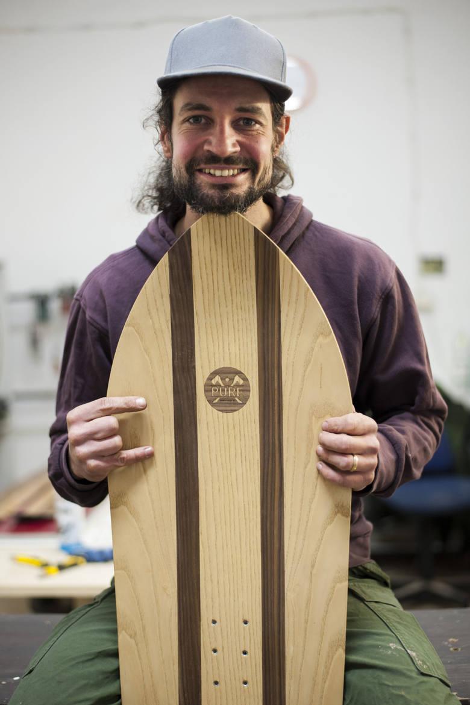 Zakręceni deskami. Ręcznie robione snowboardy prosto z Myślenic
