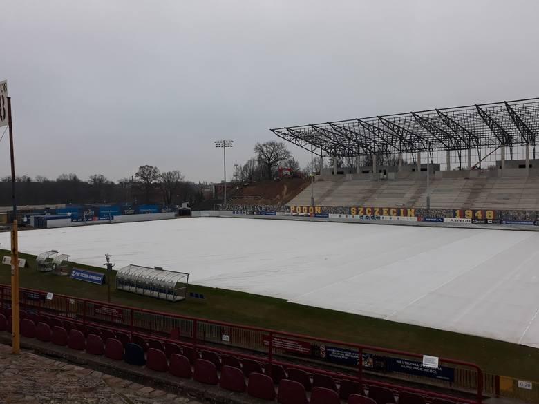 Budowa stadionu Pogoni - zdjęcia z 24.01.2020.