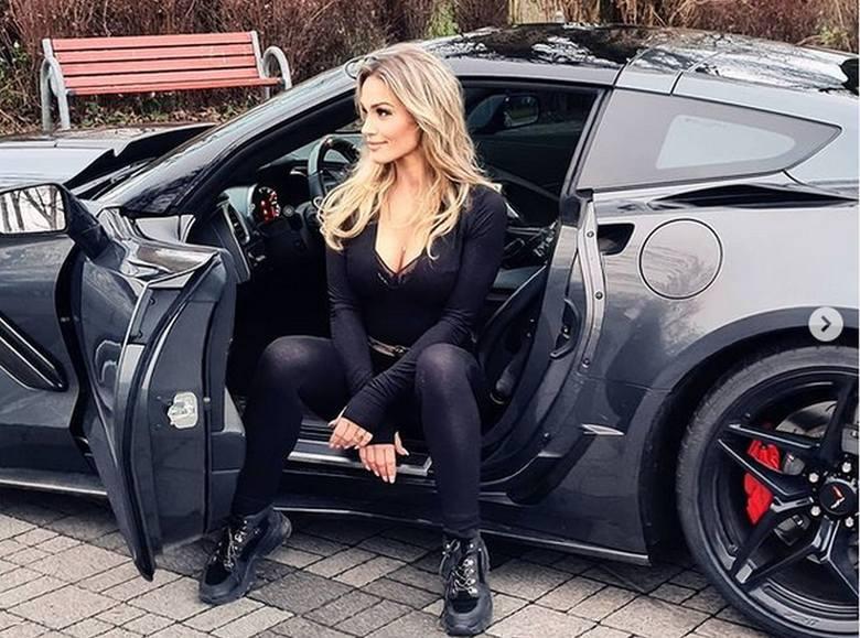 Dominik Abus z programu Gogglebox kupił żonie samochód pod choinkę. Co za auto!