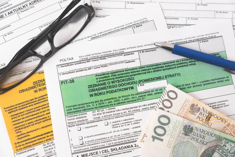 Podstawę obliczenia podatku można obniżyć o składki na ZUS, czyli składki na ubezpieczenie emerytalne, rentowe, chorobowe i wypadkowe. Odliczeniu podlegają