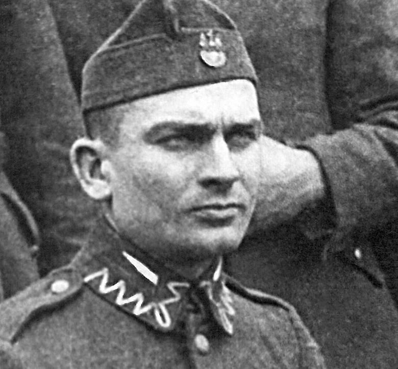 <strong>Mjr Franciszek Jaskulski ps. Zagończyk</strong><br /> Urodził się w 1913 r. Pochodził z Wielkopolski. Pracował zarobkowo jako urzędnik gminny. Ukończył słynną kawaleryjską szkołę w Grudziądzu. W czasie kampanii wrześniowej uczestniczył w obronie Warszawy. Od 1941 r. działał w konspiracji. W 1943...