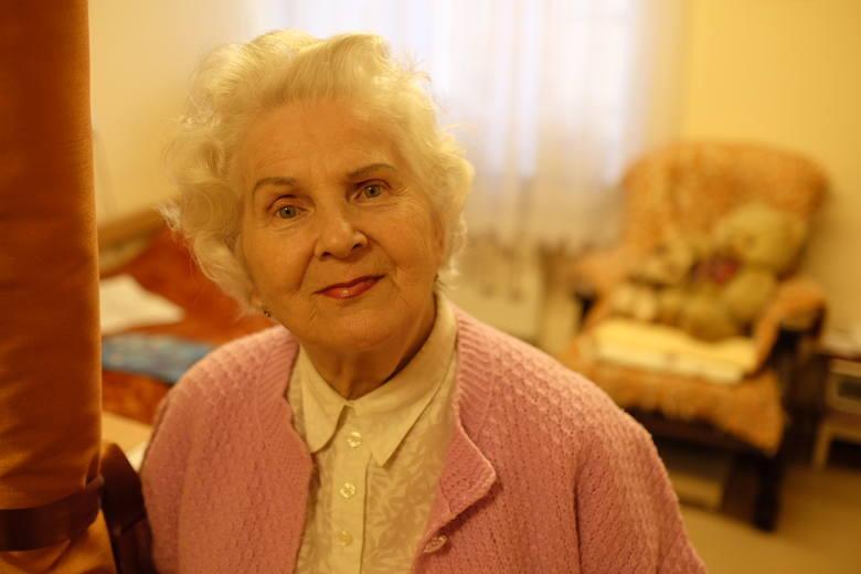 Zofia Bielawska była jedną z pierwszych osób, występujących w Mazowszu. Pierwszy wyjazd był do Moskwy. Na widowni byli Polacy, którym po zsyłce na Sybir