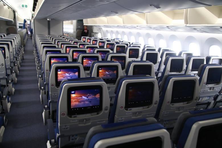 Opóźniony lot, odwołany lot. Jakie prawa przysługują pasażerom linii lotniczych?