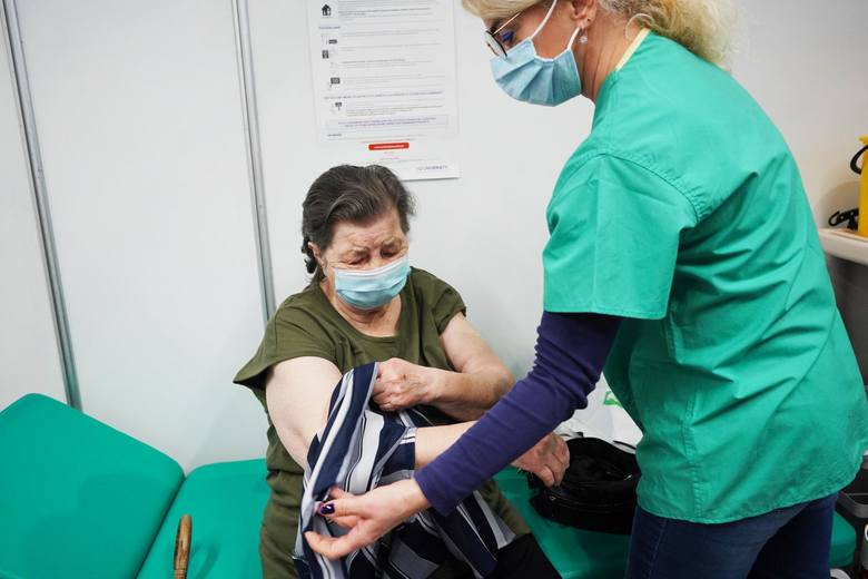 Szczepionka na COVID-19 może być produkowana w Polsce. PFR wyłoży na ten cel 40 mln zł