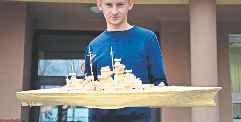 Wcześniej Grzegorz zbudował m.in. pływający model pancernika Bismarck